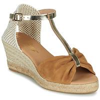 Čevlji  Ženske Sandali & Odprti čevlji Betty London OREINOA Kamel