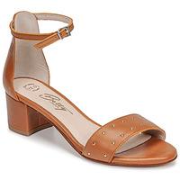 Čevlji  Ženske Sandali & Odprti čevlji Betty London OLAKE Kamel