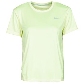Oblačila Ženske Majice s kratkimi rokavi Nike MILER TOP SS Zelena / Siva