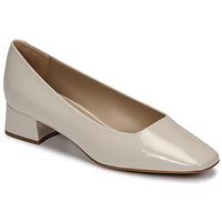 Čevlji  Ženske Salonarji JB Martin CATEL Sandstone