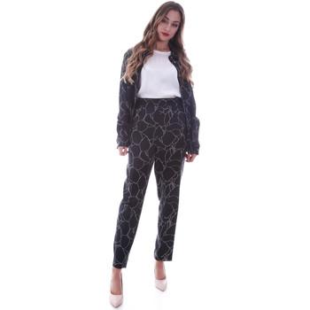 Oblačila Ženske Hlače Chino / Carrot Calvin Klein Jeans K20K202125 Črna