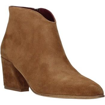 Čevlji  Ženske Gležnjarji Bueno Shoes 20WR5102 Rjav