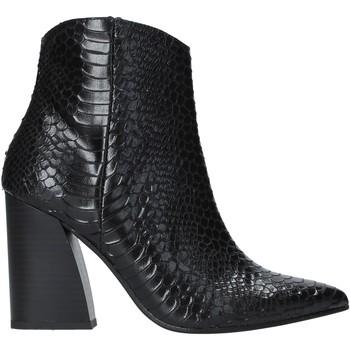 Čevlji  Ženske Gležnjarji Grace Shoes 724K004 Črna