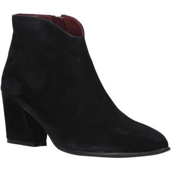 Čevlji  Ženske Gležnjarji Bueno Shoes 20WR5102 Črna