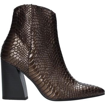 Čevlji  Ženske Gležnjarji Grace Shoes 724K004 Rjav