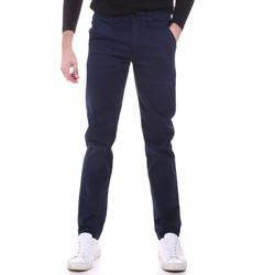 Oblačila Moški Hlače Chino / Carrot Sseinse PSI646SS Modra