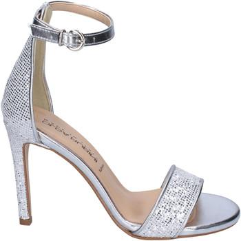 Čevlji  Ženske Sandali & Odprti čevlji Olga Rubini Sandali Glitter Pelle sintetica Argento