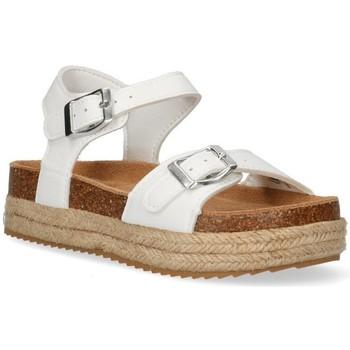 Čevlji  Deklice Sandali & Odprti čevlji Xti 55815 Bela