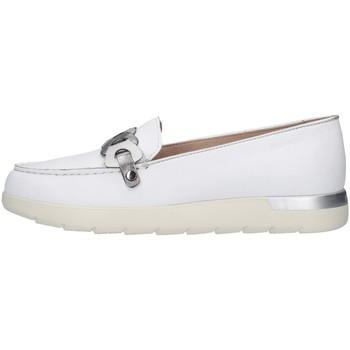 Čevlji  Ženske Mokasini Stonefly 213786 WHITE