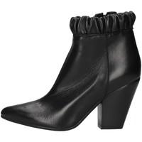 Čevlji  Ženske Gležnjarji Zoe NIKY60 BLACK