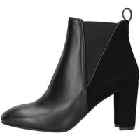 Čevlji  Ženske Gležnjarji Albano 1055 BLACK