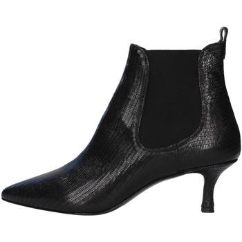 Čevlji  Ženske Gležnjarji Albano 0059 BLACK