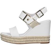 Čevlji  Ženske Sandali & Odprti čevlji NeroGiardini E012450D WHITE