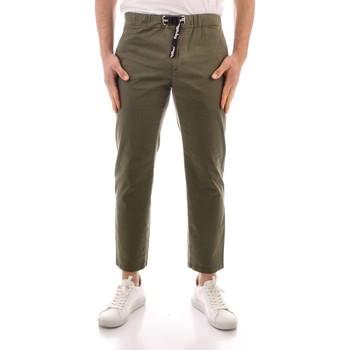 Oblačila Moški Hlače Chino / Carrot Refrigiwear GA9103-P24800 GREEN