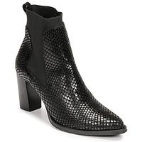 Čevlji  Ženske Gležnjarji Myma  Črna