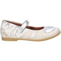 Čevlji  Deklice Balerinke Alviero Martini 0596 0934 Biely
