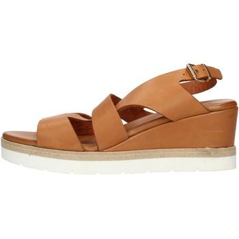 Čevlji  Ženske Sandali & Odprti čevlji Inuovo 121022 Leather
