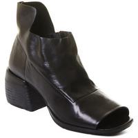 Čevlji  Ženske Gležnjarji Rebecca White T0402  Rebecca White  D??msk?? kotn??kov?? boty z ?ern?? telec?? k??e,