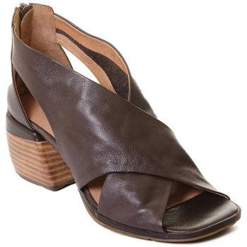 Čevlji  Ženske Sandali & Odprti čevlji Rebecca White T0409  Rebecca White  D??msk?? kotn??kov?? boty z telec?? k??e v k??vo