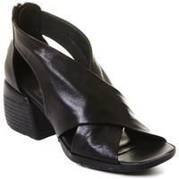 Čevlji  Ženske Nizki škornji Rebecca White T0409  Rebecca White  D??msk?? kotn??kov?? boty z ?ern?? telec?? k??e,