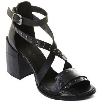 Čevlji  Ženske Salonarji Rebecca White T0501  Rebecca White  D??msk?? sand??ly na vysok??m podpatku z ?ern??