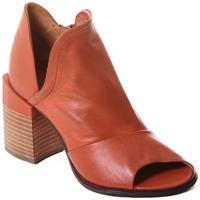 Čevlji  Ženske Gležnjarji Rebecca White T0504  Rebecca White  D??msk?? kotn??kov?? boty z telec?? k??e v kor??