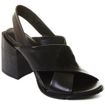 Čevlji  Ženske Nizki škornji Rebecca White T0507  Rebecca White  Elegantn?? ?ern?? kotn??kov?? boty z telec?? k??