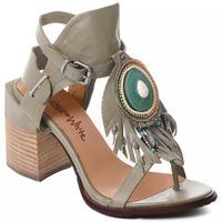 Čevlji  Ženske Salonarji Rebecca White T0509  Rebecca White  D??msk?? sand??ly na vysok??m podpatku z hov??z?