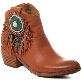 Čevlji  Ženske Gležnjarji Rebecca White T0605  Rebecca White  D??msk?? ko?en?? kotn??kov?? boty s podpatkem v