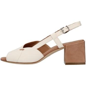 Čevlji  Ženske Sandali & Odprti čevlji Tres Jolie 2011/BETH WHITE
