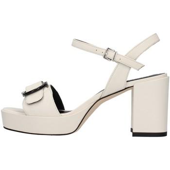 Čevlji  Ženske Sandali & Odprti čevlji Tres Jolie 2084/NORA WHITE