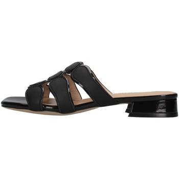 Čevlji  Ženske Natikači Luciano Barachini GL292A BLACK