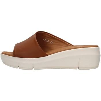 Čevlji  Ženske Natikači Melluso R80411 BROWN