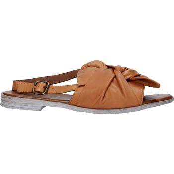 Čevlji  Ženske Sandali & Odprti čevlji Bueno Shoes 21WQ2005 Rjav