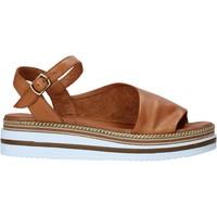 Čevlji  Ženske Sandali & Odprti čevlji Bueno Shoes 21WS4203 Rjav