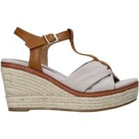Čevlji  Ženske Sandali & Odprti čevlji Refresh 72878 Bež