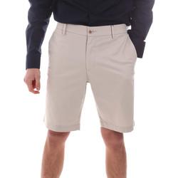 Oblačila Moški Kratke hlače & Bermuda Dockers 85862-0046 Bež