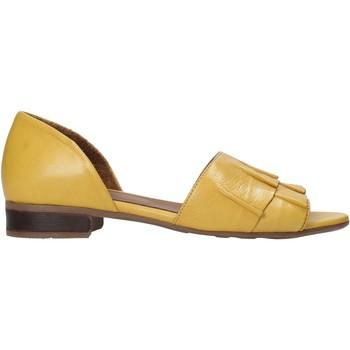 Čevlji  Ženske Sandali & Odprti čevlji Bueno Shoes 21WN5100 Rumena