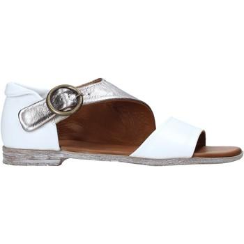Čevlji  Ženske Sandali & Odprti čevlji Bueno Shoes 21WN5034 Biely