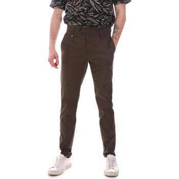 Oblačila Moški Hlače Chino / Carrot Antony Morato MMTR00580 FA800142 Zelena