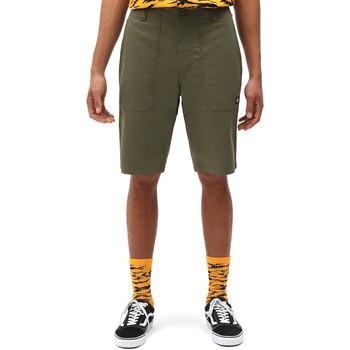 Oblačila Moški Kratke hlače & Bermuda Dickies DK0A4XB4MGR1 Zelena