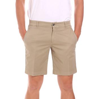 Oblačila Moški Kratke hlače & Bermuda Colmar 0864T 8SP Bež