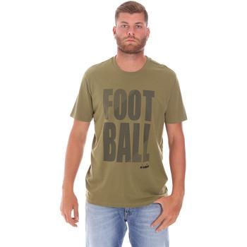 Oblačila Moški Majice s kratkimi rokavi Diadora 102175854 Zelena