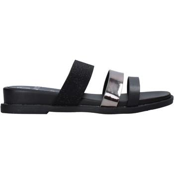 Čevlji  Ženske Natikači Onyx S20-SOX713 Črna