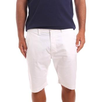 Oblačila Moški Kratke hlače & Bermuda Sseinse PB739SS Biely