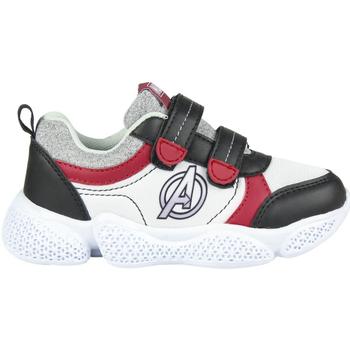 Čevlji  Dečki Nizke superge Avengers 2300004641 Blanco