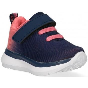 Čevlji  Deklice Nizke superge Air 58850 Rožnata