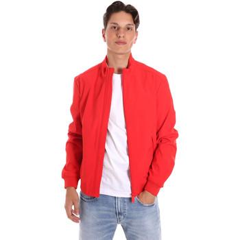 Oblačila Moški Jakne Ciesse Piumini 205CPMJB1219 P7B23X Rdeča