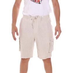 Oblačila Moški Kratke hlače & Bermuda Sseinse PB756SS Bež