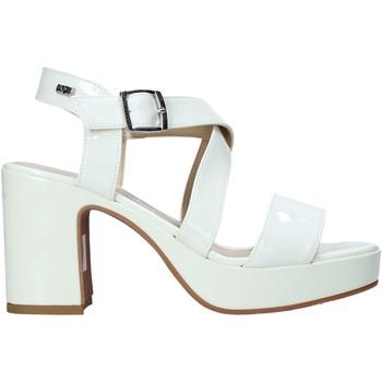 Čevlji  Ženske Sandali & Odprti čevlji Valleverde 32503 Bež